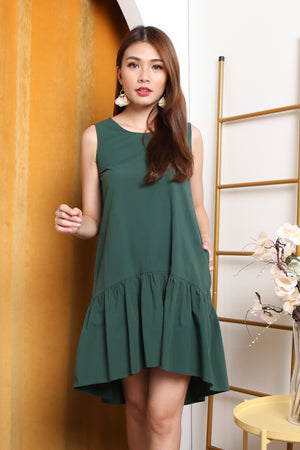 Elyse Hi-Lo Tiered Dress In Forest Green