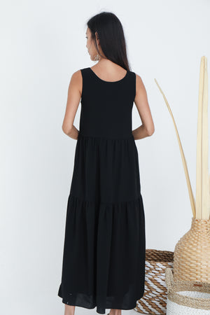*BACKORDER* Amandie Two Way Tiered Dress In Black