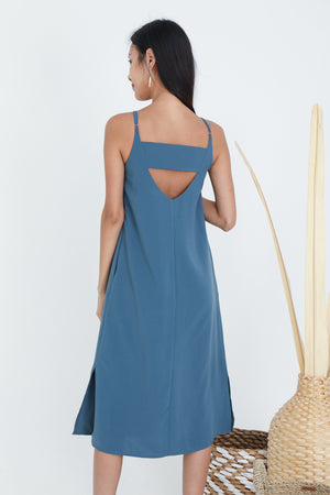 Nadian Strappy Midi Dress In Oasis Blue