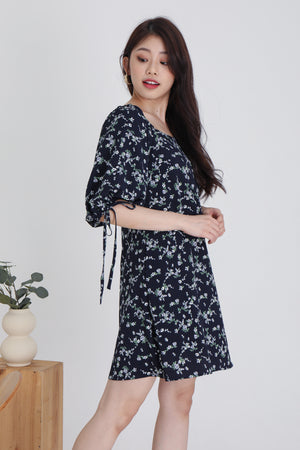 Sidney Floral Tie Sleeve Dress In Navy