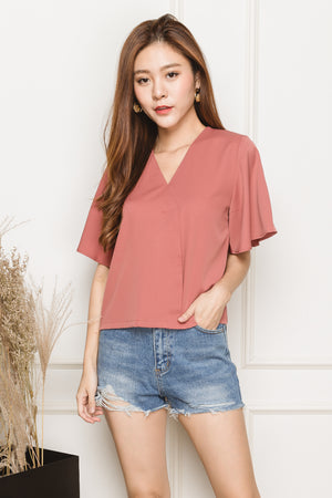 Clotho Flutter Sleeve Blouse In Pink