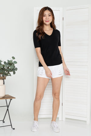Elly V-Neck Knit Top In Black