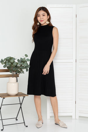 Fayra Knit Midi Dress In Black