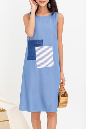 Marie Front Pockets Midi In Sky Blue