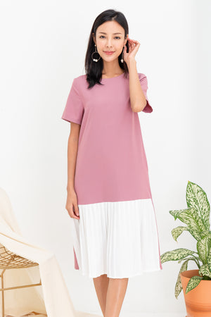 *TSA Label* Lorella Pleated Hem Midi Dress In Pink