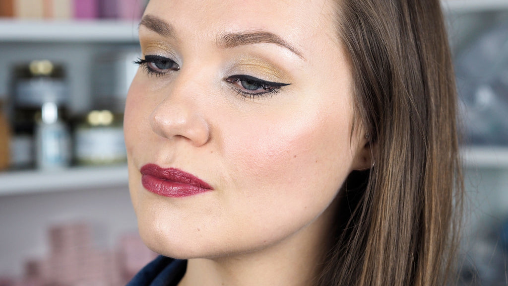 ZAO-Winter-Chic-Makeup-Palette-Look