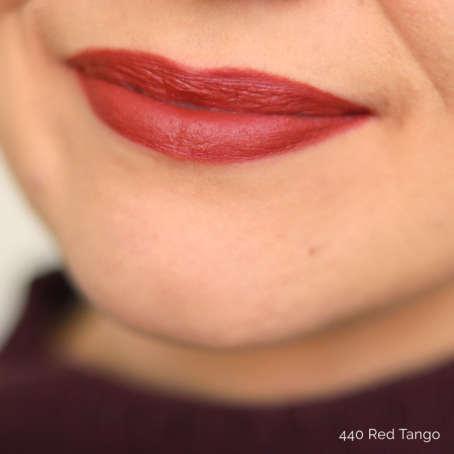ZAO-Makeup-Lip-Ink-440-Red-Tango-Swatch
