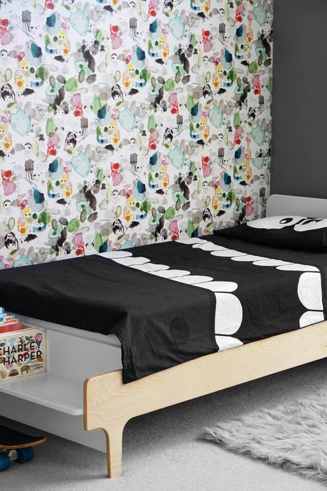 Jimmy Cricket One Fun Day Wallpaper by Pax & Hart on DLK | designlifekids.com (C) image owned Design Life Kids, LLC