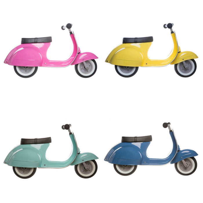 Amboss Toys Ride-On Toy Scooter on DLK | designlifekids.com