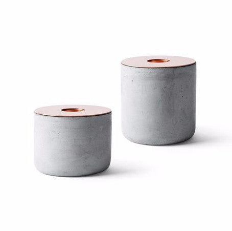 Menu CHUNK CONCRETE CANDLE HOLDER ON DLK
