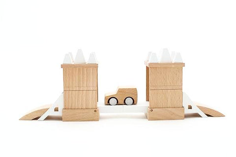 Kukkia Machi Tower Bridge on DLK | designlifekids.com
