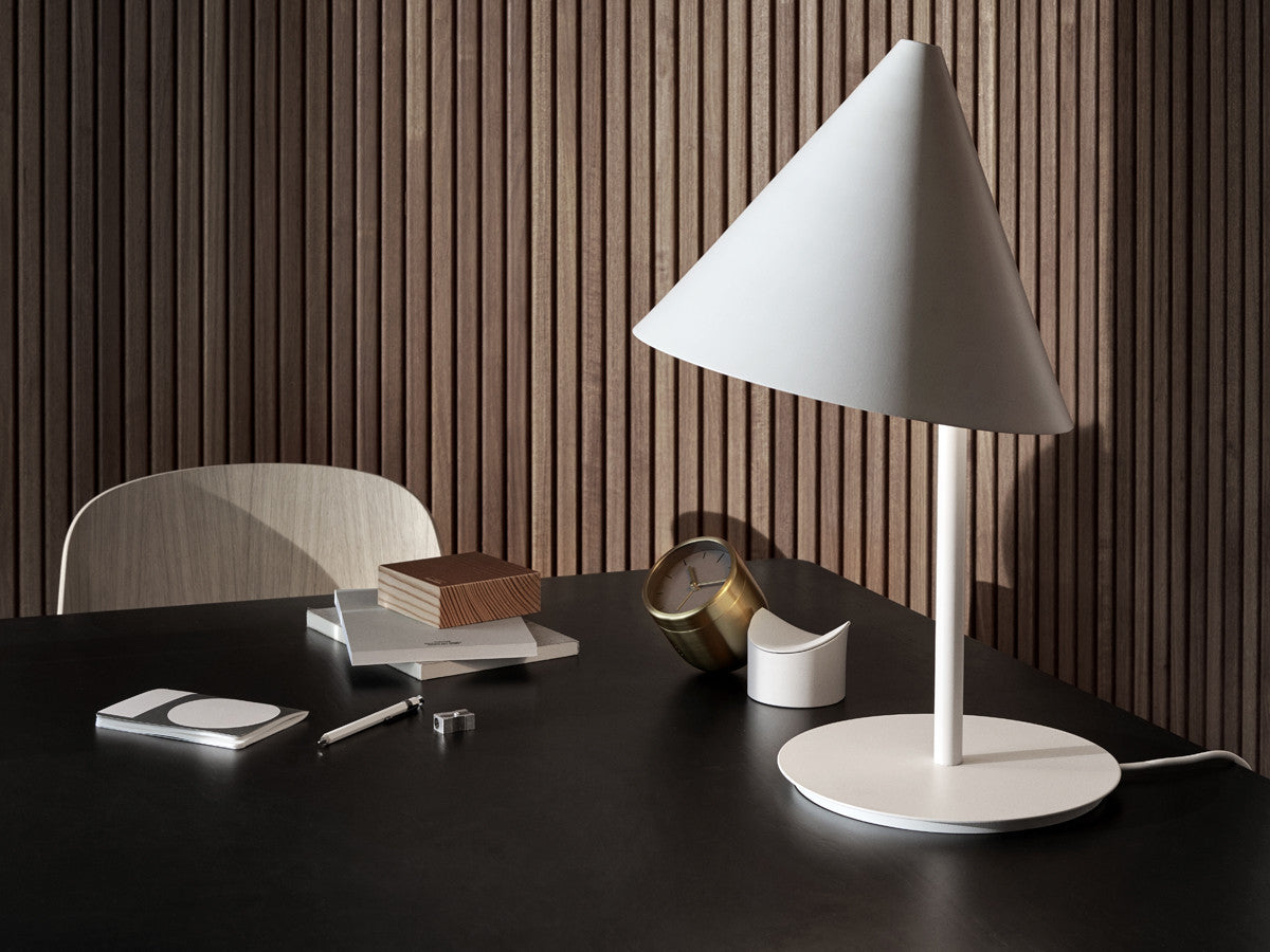 Menu Conic Lamp on DLK
