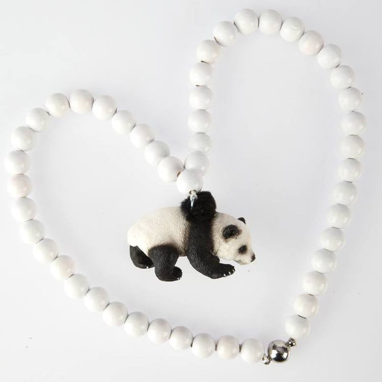 Pirates & Ponies PANDA NECKLACE ON DLK