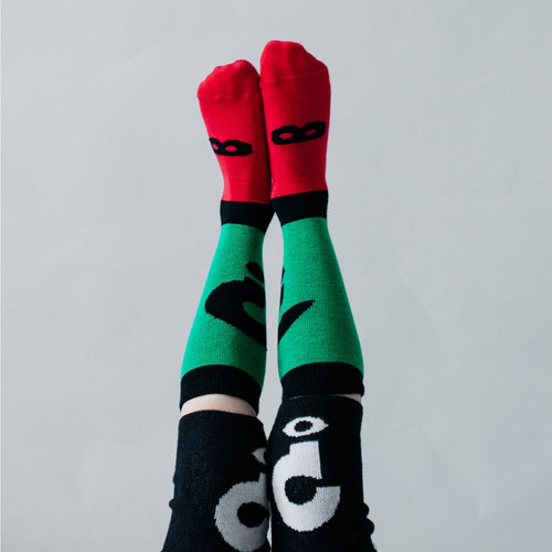 Beau Loves Question Mark Knee High Socks on DLK | Designlifekids.com