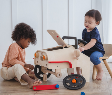 Plan Toys Pretend Play Motor Mechanic on Design Life Kids
