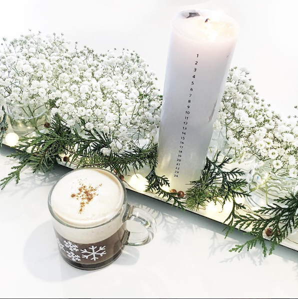 Ferm Living CALENDAR CANDLE ON DLK