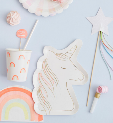 Meri Meri Unicorn Party Plates on DLK | designlifekids.com