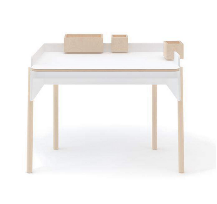 Oeuf NYC Brooklyn Desk on DLK | designlifekids.com
