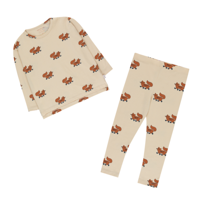 Tiny Cottons Foxes Leggings on Design Life Kids