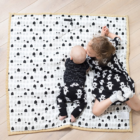 Wee Gallery Explore Playmat on DLK | designlifekids.com