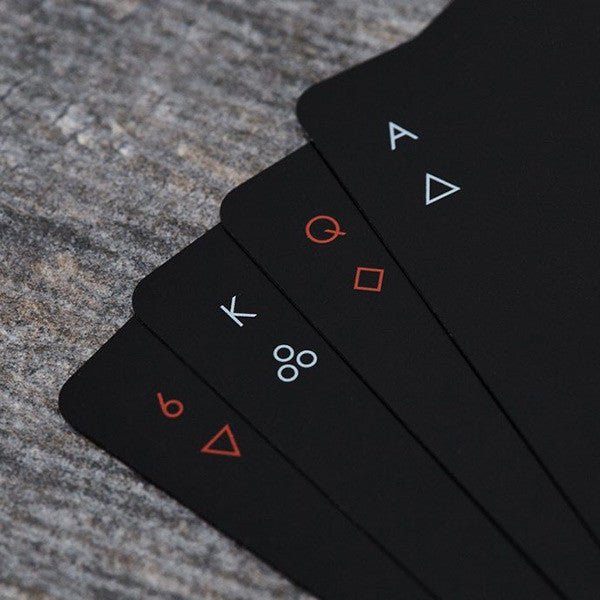 Areaware MINIMAL PLAYING CARDS ON DLK