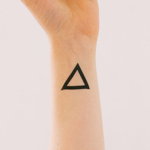 TRIANGLE TATTOO ON DLK