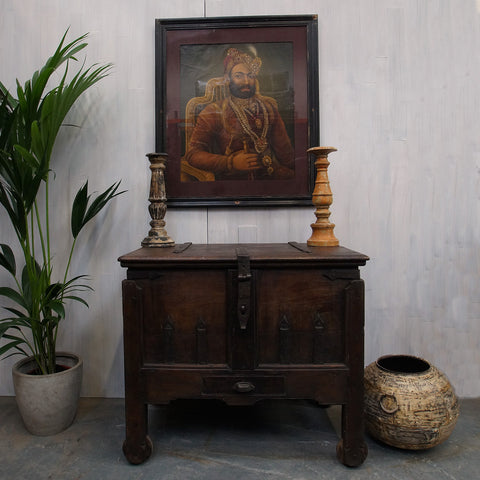 Indo Portuguese Chest - Smith & Stocking  - 1