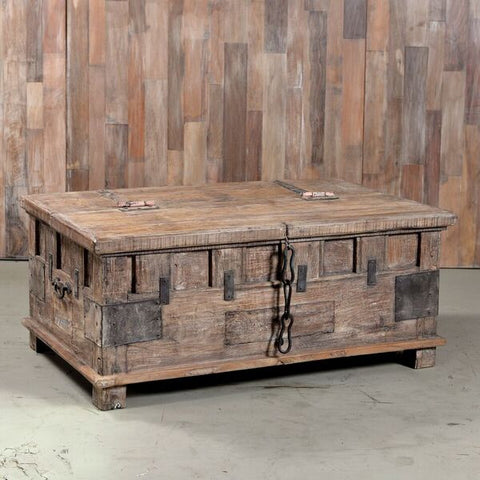 Coffee Table Trunk - Smith & Stocking  - 1