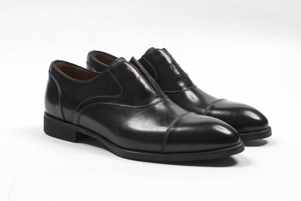 Cap Toe Shoe