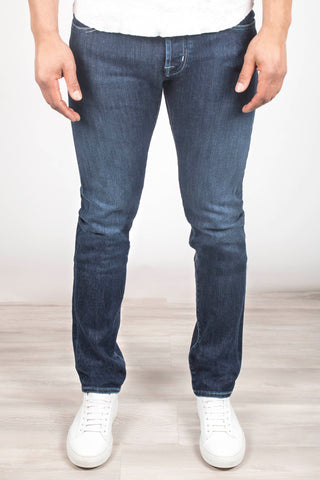 7ac1df150d474 Jacob Cohen Hand-Crafted Men's Jeans | Shop Online At Henry Singer
