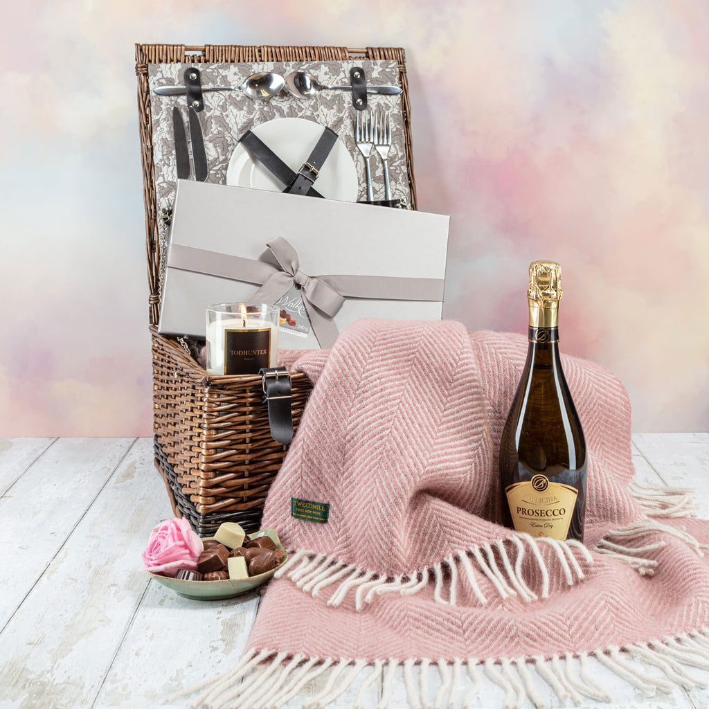 Just For You Gift Hamper – The Clovelly Edition