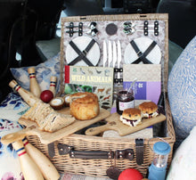 Todhunter for the National Trust - The Woodland Walk Picnic Hamper