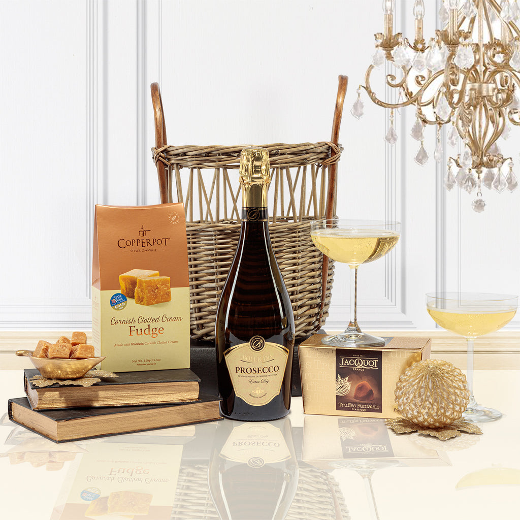 Prosecco and Sweet Treats Christmas Hamper