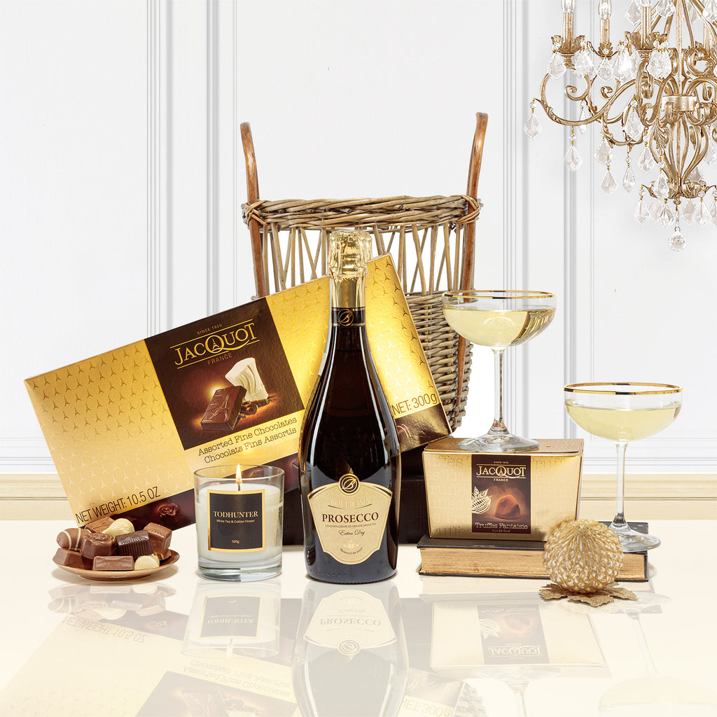 Prosecco, Chocolates and Candle Christmas Pamper Hamper