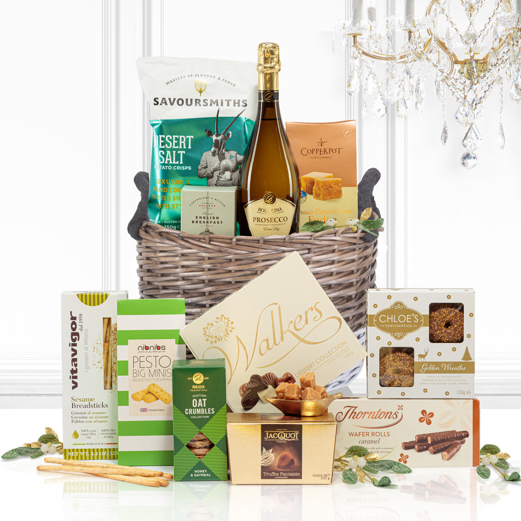 The Winter Berry Christmas Hamper