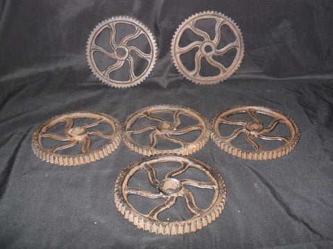 Cast Iron - Gears Twirl Shape