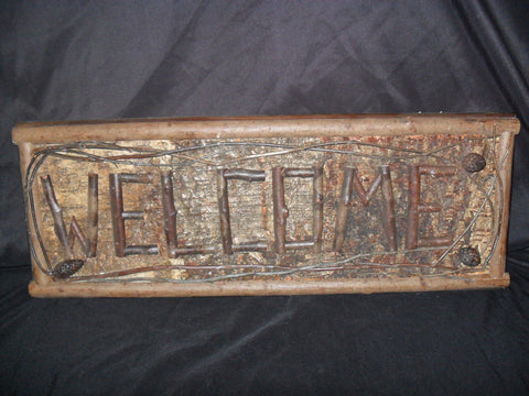 Wooden Welcome Sign With Acorns