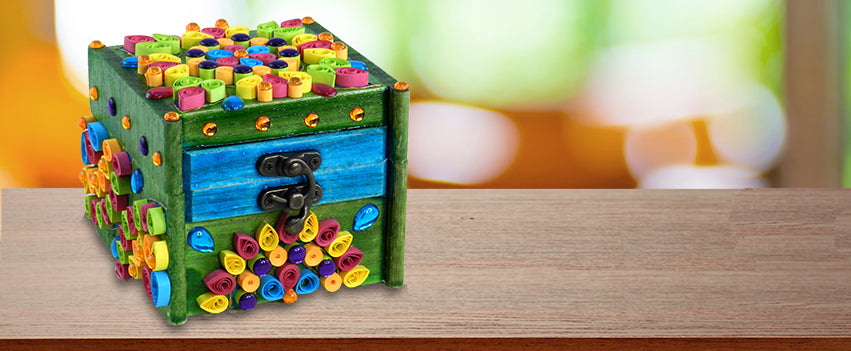 Paper Quilling Gift Box