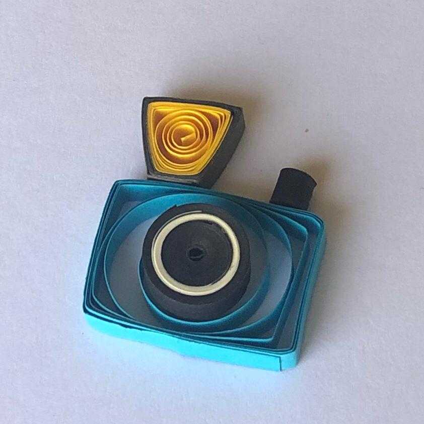 Quilled camera
