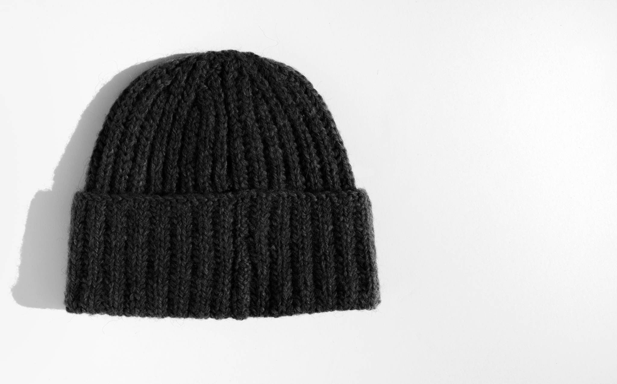 A Détacher Black Margaret Hat