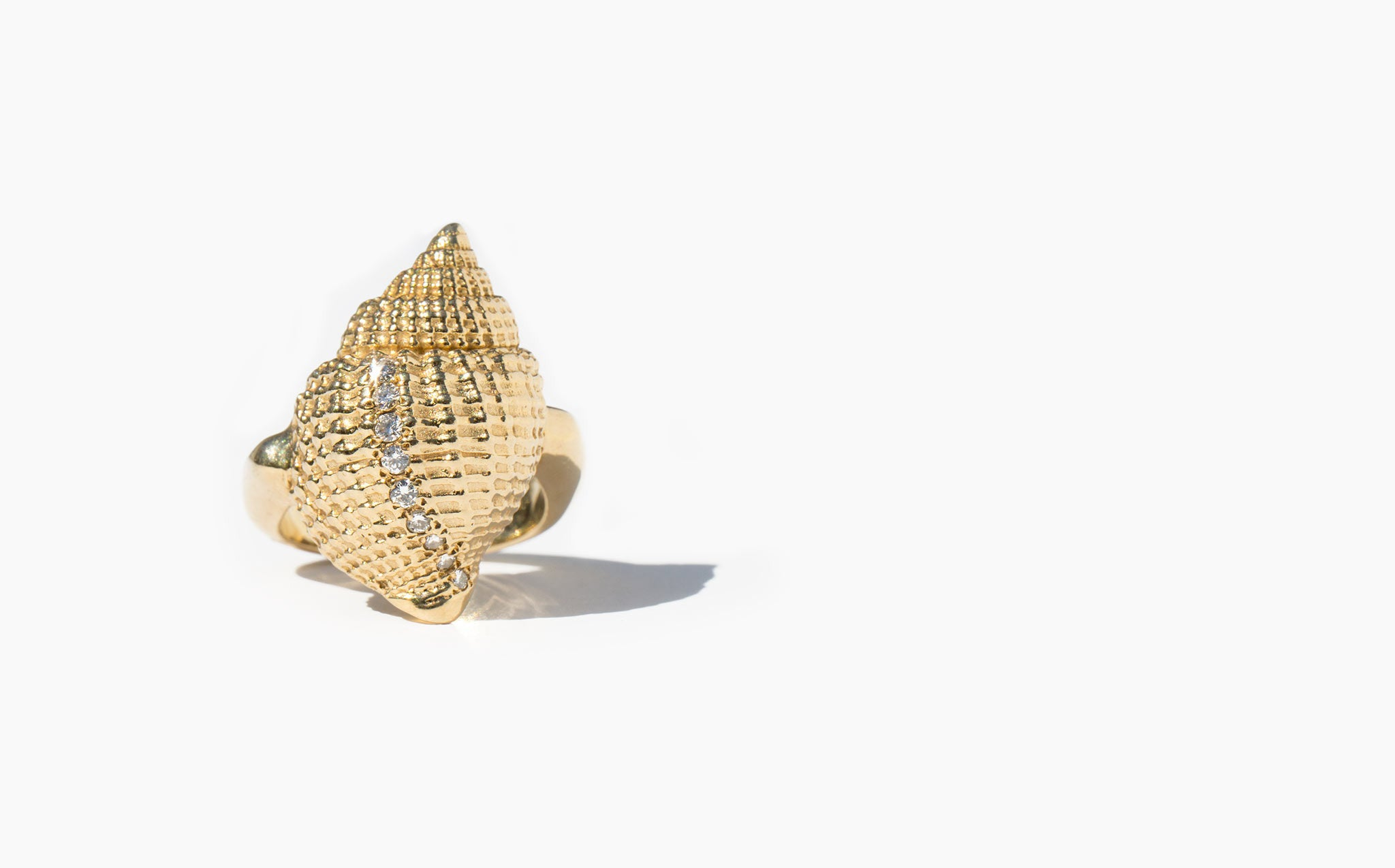 Solid 14K Seashell Ring With Pave Diamonds