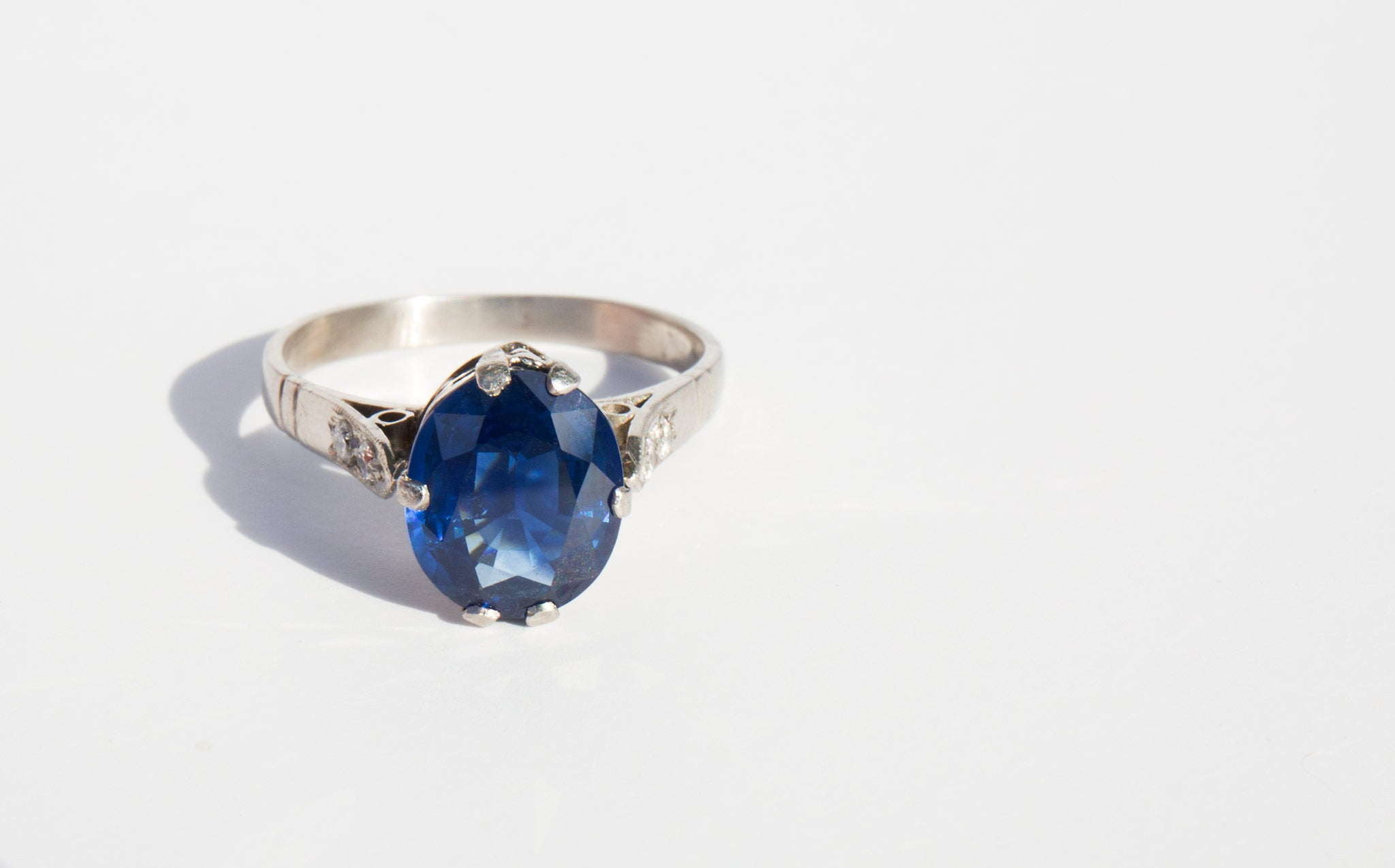 3ct Sapphire and Platinum Ring