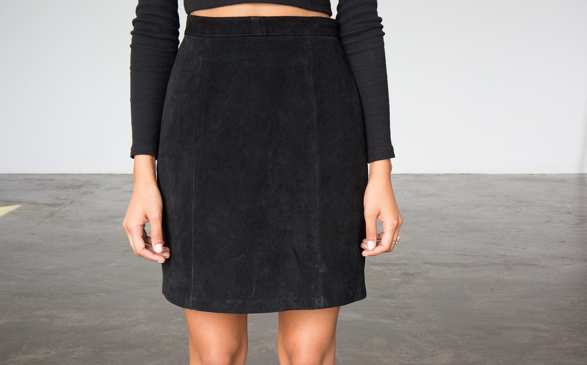 Suede Pencil Skirt kindred black