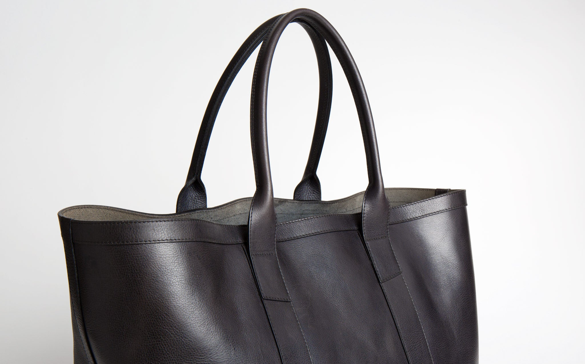 Lotuff Navy Working Tote kindred black