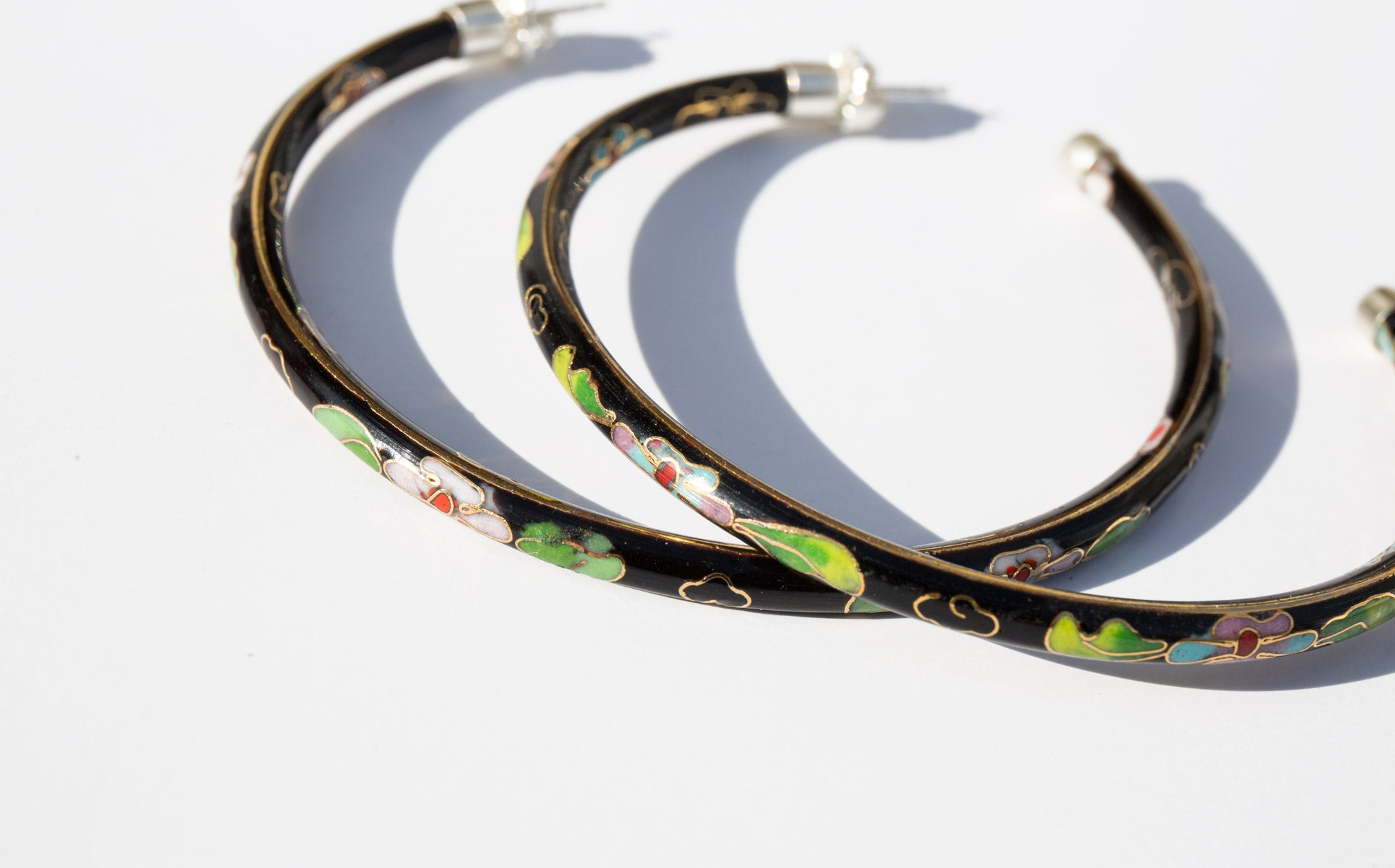 Raven Falize Hoops