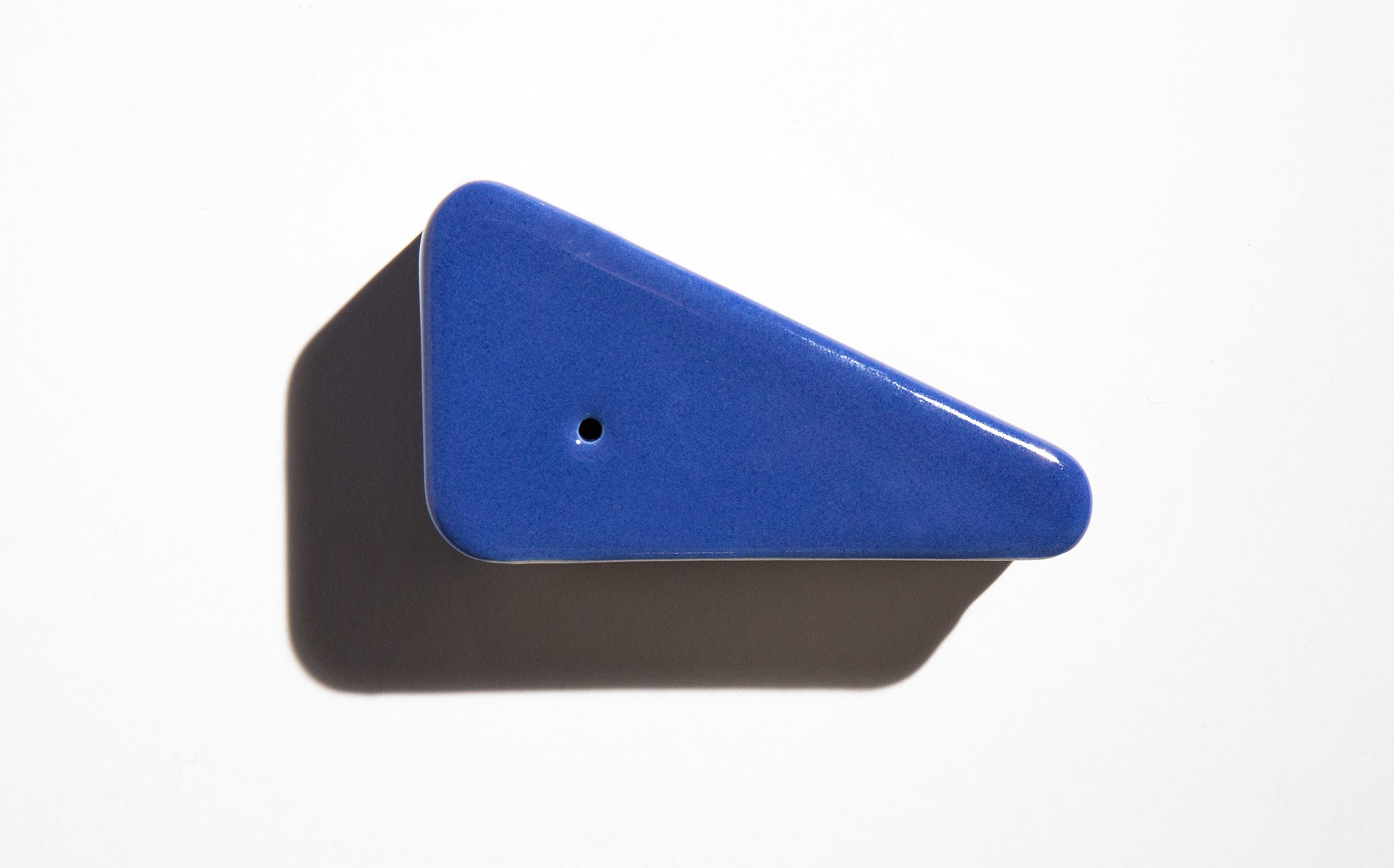 Yew Yew Ultramarine Triangle Pipe