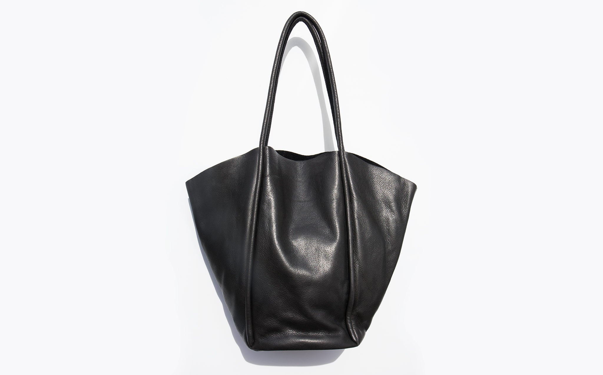 Are Studio Onyx Fan Tote Bag kindred black