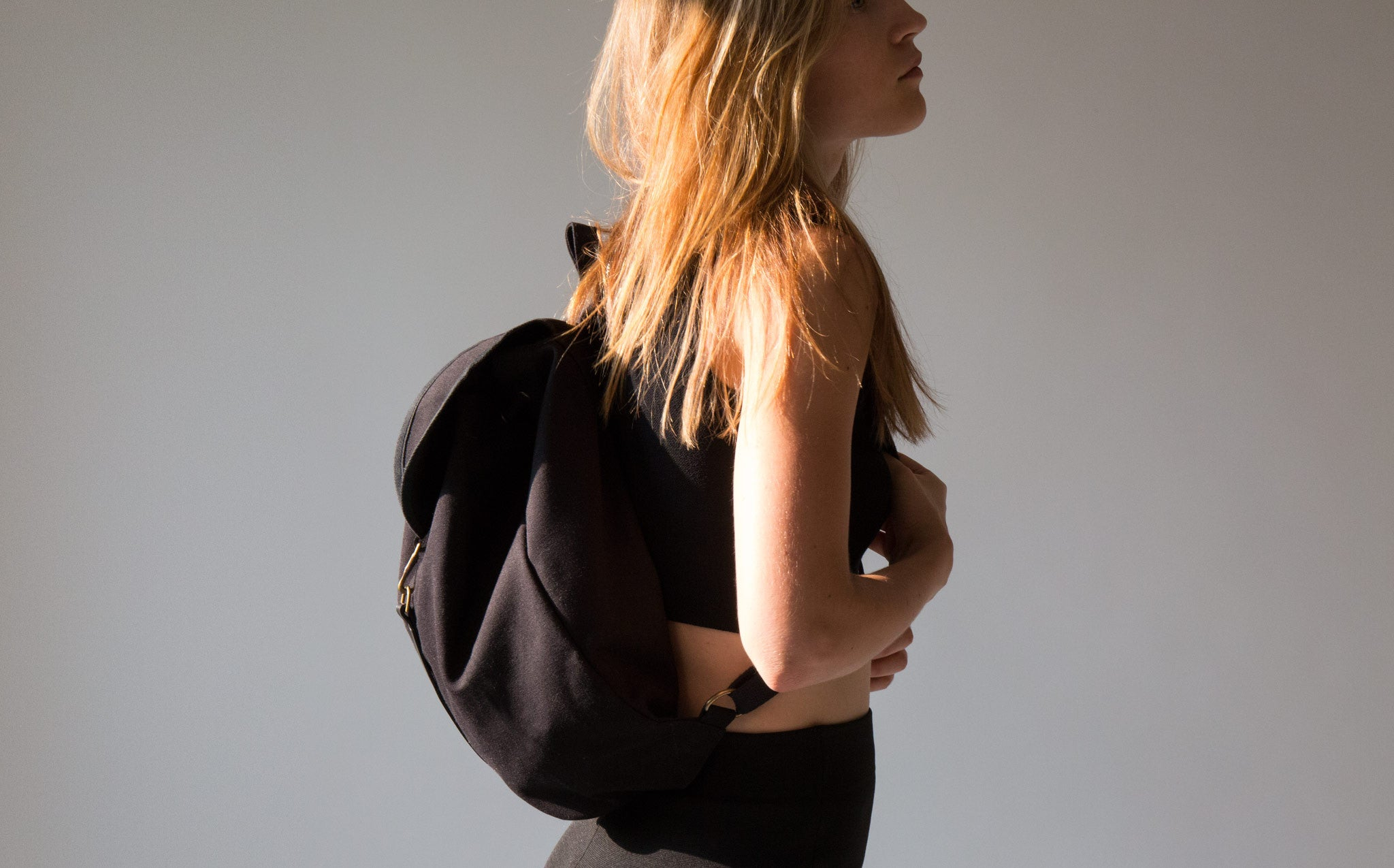 Thisispaper Classic Natural Canvas Backpack kindred black