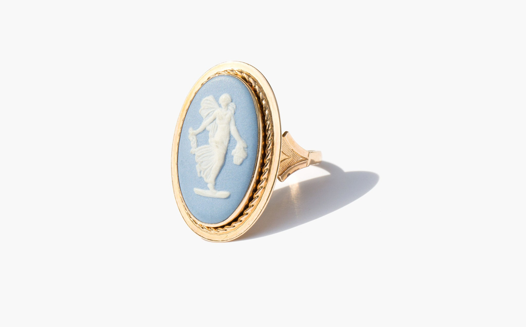 Classical Cameo Ring