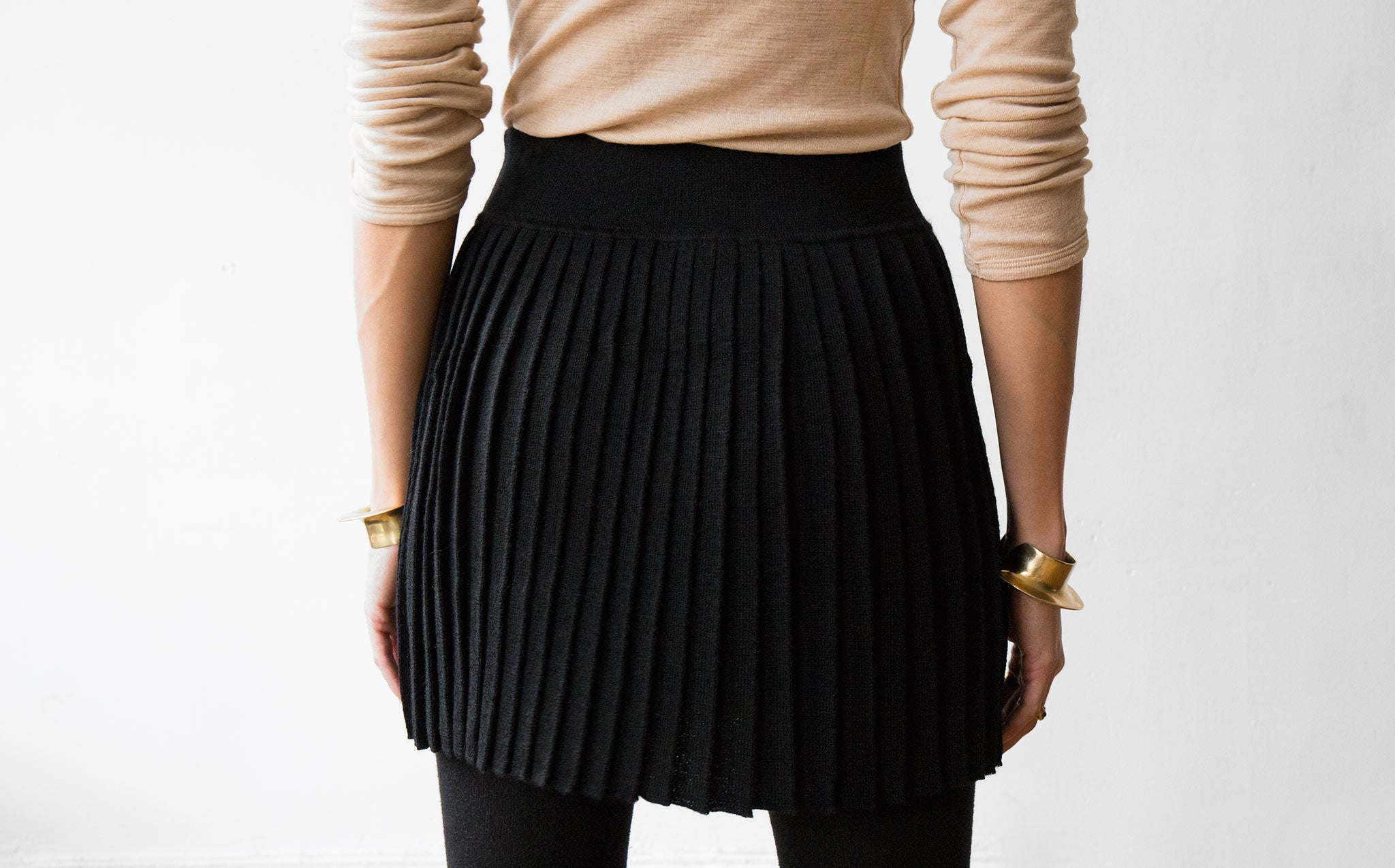Hesperios Cleo Skirt kindred black